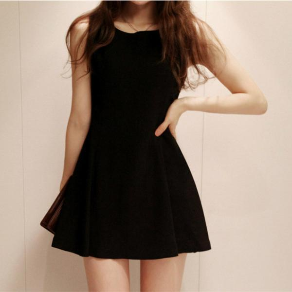 Sleeveless Pleat Hem Skimming Fit Dress